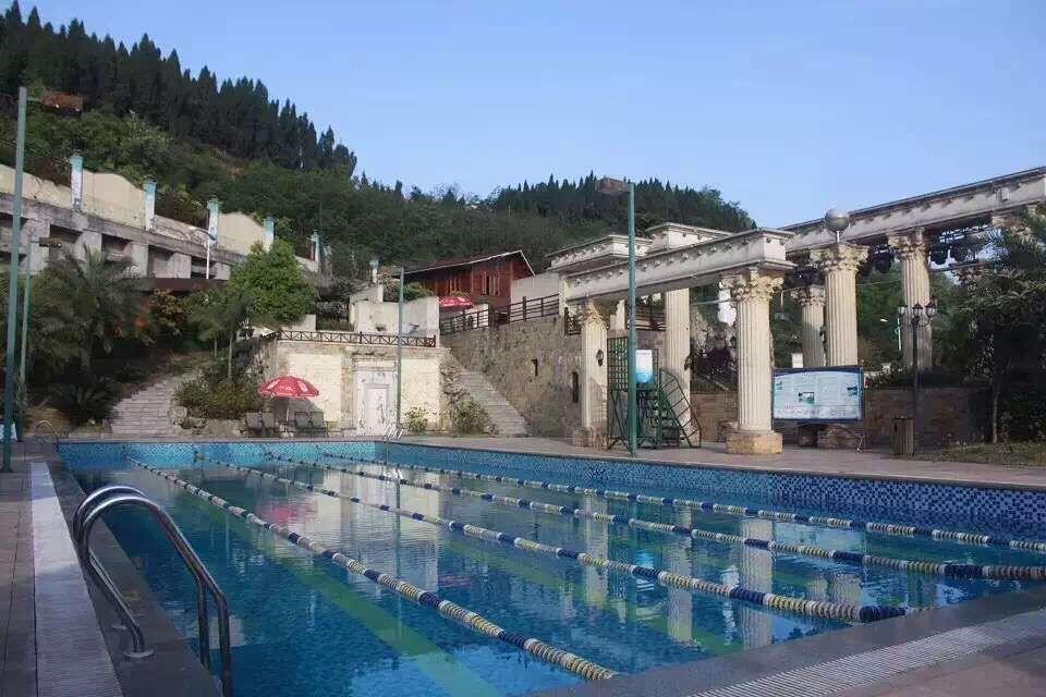 鳳埡山基斯頓(dun)溫泉酒店游(you)泳池